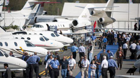 Maior feira de aviação de negócios do mundo acontece neste mês nos EUA.