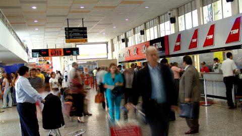 Pontualidade em aeroportos brasileiros é reconhecida no exterior.