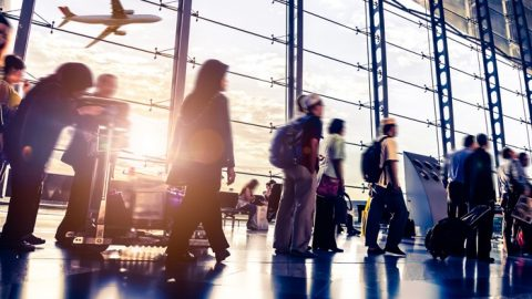 Pesquisa da ICLP revela discórdia entre passageiros e aeroportos.