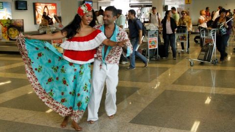 Programação especial no Aeroporto Internacional de Belém.