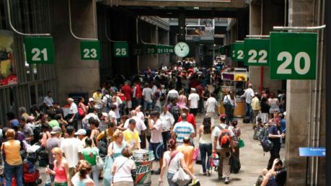 Terminal Rodoviário Tietê recebeu quase 90 mil passageiros no último domingo (24/12).