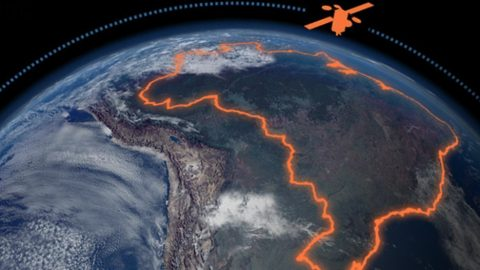 Quase um ano após o lançamento, satélite da TELEBRAS, encontra operador.