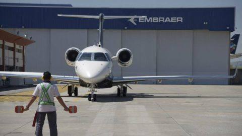 Boeing comprará negócio de aviação comercial da Embraer por US$ 3,8 bi