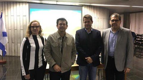 Executivos debatem futuro do Rio Galeão e redução do ICMS.