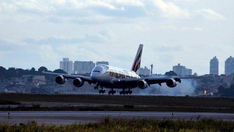 Como aproveitar a futura demanda de pilotos na aviação?