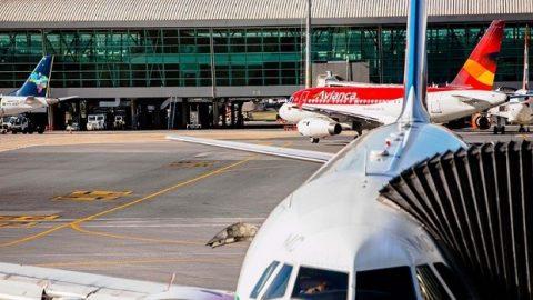 Aeroportos receberão reforços e postos de justificativa nas eleições.