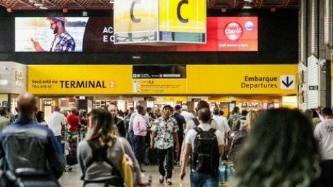 Mais de 1,36 milhões de viajantes devem passar pelos aeroportos da Infraero durante o Carnaval 2020